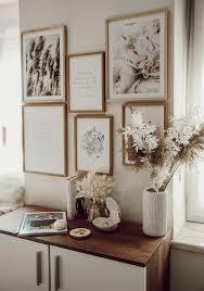 poster wall einrichtungsideen wohnzimmer holz