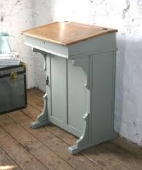 reloved rubbish vintage teacher s desk i could totally do this