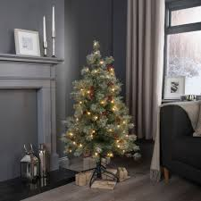 4 Ft Pre Lit Christmas Tree by Bq Pre Lit Christmas Trees 2 Christmas2017