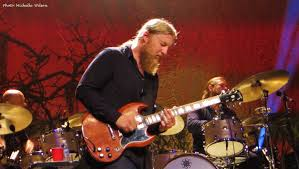 Tedeschi Trucks Band • Ink 19 Derek Trucks Is Coent With Being Oz In The Tedeschi Band Ink 19 Tiny Desk Concert Npr Susan Keep It Family Sfgate On His First Guitar Live Rituals And Lessons Learned Wood Brothers Hot Tuna Make Wheels Of Soul Music Should Be About Lifting People Up Stirring At Beacon Theatre Zealnyc For Guitarist Band Brings Its Blues Crew To Paso Robles Arts The Master Soloing Happy Man Tedeschi Trucks Band Together After Marriage Youtube