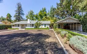 Christmas Tree Lane Fresno Ca History by 805 E Buckingham Way Fresno Ca 93704 Mls 489366 Redfin