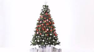 Kmart Christmas Trees 2015 by How To Style Your Christmas Tree With Traditional Decorations