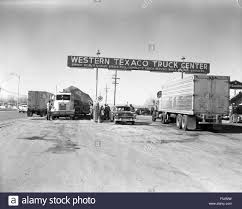 Vintage Truck Stop Stock Photos & Vintage Truck Stop Stock Images ...