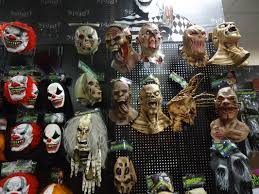Halloween Town Burbank Ca by Best Places For Halloween Costumes In Los Angeles Cbs Los Angeles