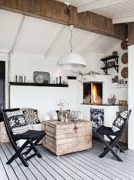 We Love How Teh Homeowners Has Adjust The Small Space In Living Room And With Rustic Setting Variety Of Patterns Attain Beautiful Inspiring