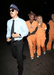 Halloween 1 Cast by Derek Hough Addresses Julianne Hough U0027s Blackface Halloween Costume