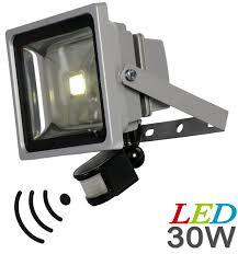 projecteur exterieur avec detecteur de presence projecteur à led avec détecteur de mouvement conso 30 w