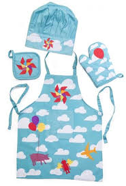 tablier cuisine pour enfant ensemble tablier pour enfants nuages bleu doyon cuisine