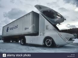 100 Aerodynamic Semi Truck Stock Photos