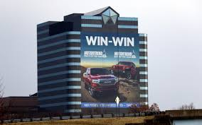 100 Motor Trend Truck Of The Year History FCA US Celebrates Awards With New Building Wrap Mopar