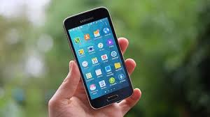 5 Best Small Smartphone But Powerful