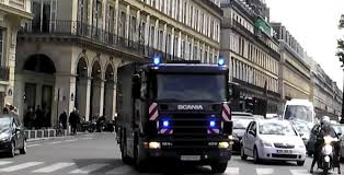 Bank Of France Transports Money In Four Large Trucks Through Paris ... Houston A Hub For Bank Armoredtruck Robberies Nationalworld Coors Truck Series 04 1931 Hawkeye Bank Sams Man Cave Truckbankcom Japanese Used 31 Ud Trucks Quon Adgcd4ya Kmosdal Centurion Repo Liquidation Auction The Mobile Banking Vehicles Mbf Industries Inc Loaded Potatoes In The Mountaineer Food Empty Bowls Ford Detroit F600 Diesel Truck Other Swat Armored Based Good Shepard Feeding Maines Hungry F700 Diesel Cbs Trucks Just A Car Guy Federal Reserve Of Kansas City Delivery Old Sale Macon Ga Attorney College