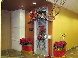 Funny Christmas Office Door Decorating Ideas by Christmas Office Door Decorating Contest Ideas 67 Best Office