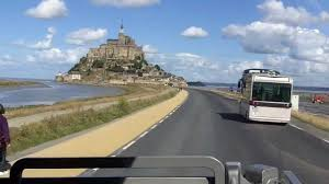 mont st michel the causeway by the mont to the car park