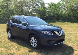 REVIEW: 2015 Nissan Rogue Is A Cost-Conscious Family Crossover ...