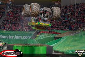 100 Monster Trucks Atlanta Jam 2018 Team Scream Racing