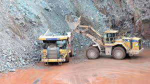 100 Earth Mover Truck Mover Ready To Loading A Dumper Truck In A Quarry Surface