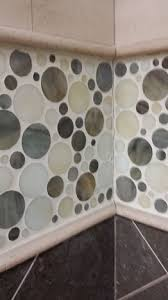 Tiling Inside Corners Wall by Colored Caulking Tile Lines