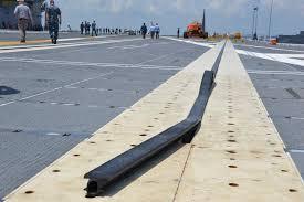 plus gros porte avion du monde découvrez en images le plus gros porte avions du monde capital