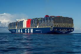 découvrez le plus grand porte container français en images