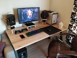 100 Mouse Apartment Moved To My Own Apartment Finally A Battlestation That Is Only Mine
