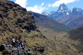 Enduring 6 Days Of Mount Kenya 4975 M