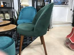 stuhl grün esszimmerstuhl samt holzfüße stühle ceres webshop