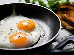 Bad Eggs Do They Float Or Sink by 5 Simple Ways To Tell If An Egg Is Good Or Bad