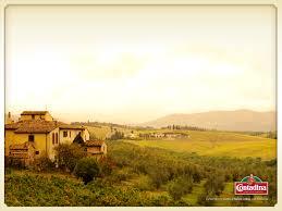 Contadina Tuscan Landscape Wallpaper