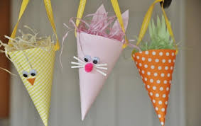 Simple And Attractive Easter Spring Craft Ideas To Brighten Any Home 21