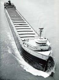 nov 10 1975 the ore ship edmund fitzgerald and a crew of 29 is