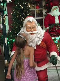 Christmas Decorator Warehouse Arlington Tx by Holiday Shopping At Decorators Warehouse Mommy Upgrade