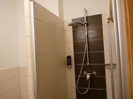 badezimmer mit dusche bild moin hotel cuxhaven
