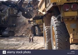 100 Biggest Trucks In The World Quarry Trucks In The World At Open Cast Copper Mine