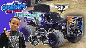 Hot Wheels Monster Jam 25 Mohawk Warrior Diecast Car Unboxing With ... Product Page Large Vertical Buy At Hot Wheels Monster Jam Stars And Stripes Mohawk Warrior Truck With Fathead Decals Truck Photos San Diego 2018 Stock Images Alamy Online Store Purple 2015 World Finals Xvii Competitors Announced Mighty Minis Offroad Hot Wheels 164 Gold Chase Super Orlando Set For Jan 24 Citrus Bowl Sentinel Top 10 Scariest Trucks Trend