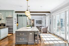 100 Sophisticated Kitchens These Kitchen Islands Are Stylish Centerpieces Greenwich Style