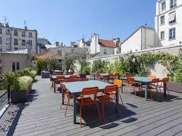 location de bureau à coworking loft avec superbe terrasse et espaces communs