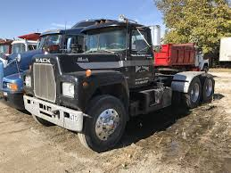 R-Model Mack. | Mack Trucks | Pinterest | Mack Trucks, Trucks And ... Mack Trucks Mack Trucks From Puerto Rico My New Galleries View All For Sale Truck Buyers Guide Nigerian Used 1983 R Model Autos Nigeria Old Hoods Cluding Ch Visions Rd 1989 Rmodel Single Axle Day Cab Tractor For Sale By Arthur Show Ccinnati Chapter Of The Amer Flickr Bumpers Raneys Parts Mack Dump N Trailer Magazine