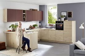 modernes küchen u ka 42 150 40 100 in asteiche natur nachbildung und hennarot matt möbelhaus pohl wilhelmshaven friesland