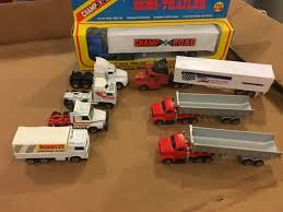 AS FOUND MIXED Lot Of Tractor Trailer Semi Truck Toys Matchbox Champ ... Buy Matchbox M35271 158 Shell Kenworth W900 Semitanker Exbox 155 Ultra Series Freightliner Hersheys Semi Truck Review Turns 65 Celebrates Its Sapphire Anniversary Wit Semi Trucks For Sale Matchbox Big Movers Red Coca Cola Truck 999 Pclick Episode 47 Lot Of And Rigs Youtube Vintage King Size Nok16 Dodge Tractor Trailer Diecast Corona Beer 1100th New 1861167250 Flat Nose Ups United Parcel Service Toy Model Tow Wreckers Peterbilt Tanker Getty 1984 Macau