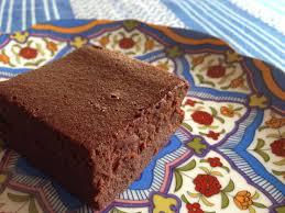 dessert a base de compote de pommes le fondant au chocolat noir et à la compote de pommes sans beurre
