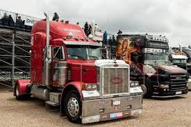 American Truck Show | Courses Nascar Tours Speedway, 24, 25 & 26 ...