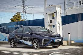 Hydrogen Fuel Cell Vehicles Toyota Partners In Making Windpower Hydrogen For Fuel Cells Talking Jive About Metro Report Why The Hydrogen Fuel Cell Range Advantage Doesnt Matter Gas 2 Powercell Swiss Coop Global Environmental Partners With Us Hybrid To Provide Meet Ups Class 6 Truck With A 45kwh Battery Bmw Produce A Lowvolume Fucell Car 2021 Port Strategy Feud Future Tech And Pfaff Auto Renault Trucks Cporate Press Releases French Post Office Lets See Some Fuel Cells Page 4 Performancetrucksnet Forums In Smchoked Port Riding Along Toyotas Hydrogenpowered