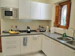 modele de cuisine equipee ikea modele cuisine cuisine equipee avec ilot central photos de