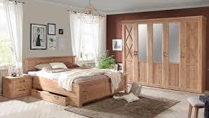 schlafzimmer nepal in bramberg fichte 5 teilig mit 5 türiger kleiderschrank mit spiegeln doppelbett 180x200cm mit bettschubkasten und zwei