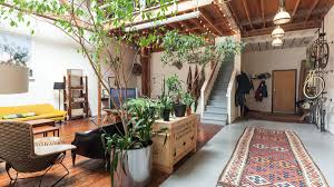 100 Loft Sf Roommates Share Eclectic Style In An Oakland LiveWork