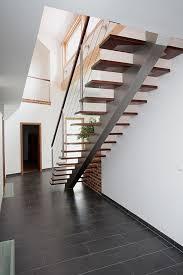 mittelholmtreppe treppe treppen design kragarmtreppe