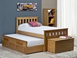 chambre enfant pin lit enfant 90 x 190 cm avec lit d appoint capitaine bergamo inakis