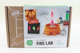 Kiwi Crate Reviews Archives - Subscription Box Mom Archive - Deal Free Onemonth Kiwico Subscription Handson Science 2019 Koala Kiwi Doodle And Tinker Crate Reviews Odds Pens Coupon Code 50 Off First Month Last Day Gentlemans Box Review October 2018 Girl Teaching About Color Light To Kids With A Year Of Boxes Giveaway May 2016 Holiday Fairy Wings My Honest Co Of Monthly Exploring Ultra Violet Wild West February