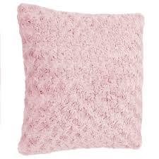 dekoratives kissen in rosa farbe haarige dekoration für das wohnzimmer